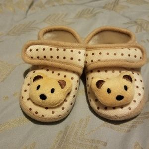 Other - Cute bear baby slippers